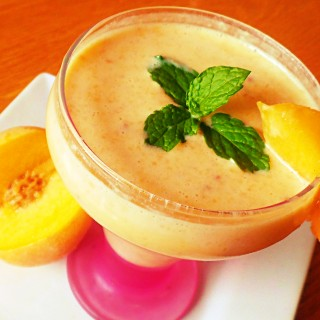creamy peaches shake