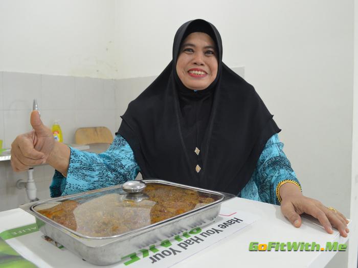 Raya 2017 - Kak Timah Dengan Signature Dish Beliau
